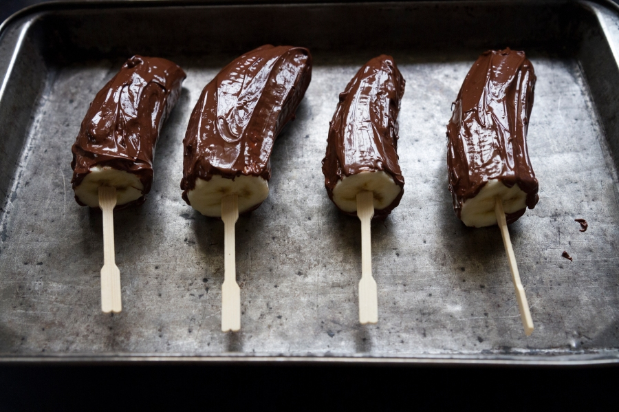 Dark Chocolate Banana Pops